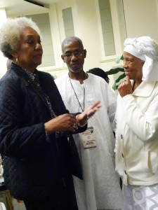 Dr. Frances Cress Welsing speaks with Dr. Robertson and Dr. Marimba Ani at the Black Psychology Conference. – Photo: Wanda Sabir