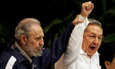Old warriors Fidel and Raúl Castro still have plenty of fight left. – Photo: Javier Galeano, AP