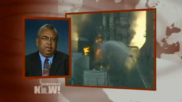 On the Democracy Now! broadcast Aug. 8, 2012, Andrés Soto reports on the explosion and fire at the Chevron refinery in Richmond that sent more than 15,000 to the hospital.