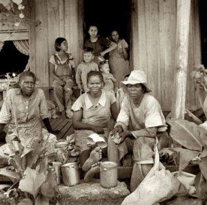 Sharecropper-mothers-children-300x296, Robert 'Fleetwood' Bowden's 'Da Cotton Pickas' to be featured in Oakland International Film Festival, Culture Currents
