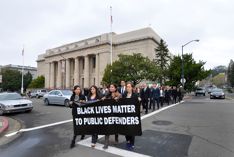 """Last Dec. 18, public defenders around the Bay rallied at their courthouses to declare, """"Black lives matter."""" The Contra Costa County rally's explicit statement, """"Black lives matter to public defenders,"""" begs the question: What about judges? – Photo: Susan Tripp Pollard, Bay Area News Group"""