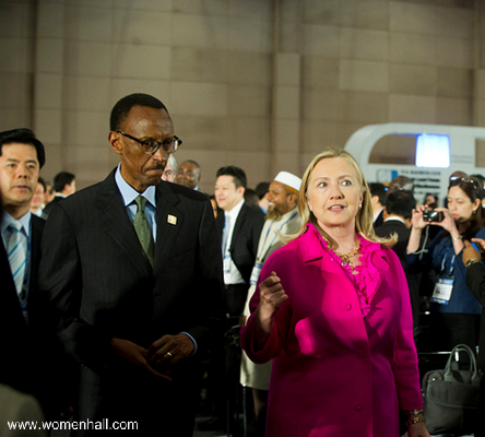 President Kagame walked with then U.S. Secretary of State Hillary Rodham Clinton to the opening ceremony of the Fourth High-Level Forum on Aid Effectiveness.