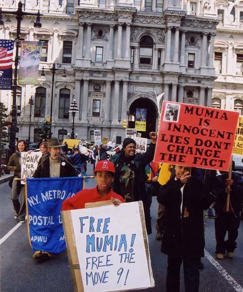 Philadelphians rally for Mumia on his 49th birthday, April 24, 2003