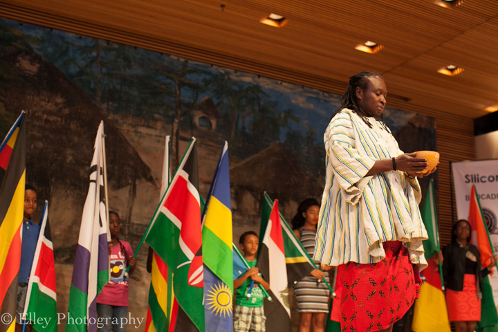 Ghanaian elder Dela Acolatse performs a libation ceremony as part of the opening ceremonies of SVAFF 2015. – Photo: Elley Ho, Elley Photography