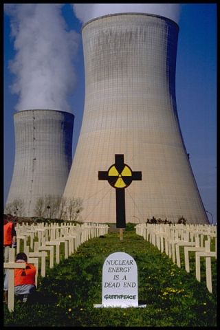 Nuclear-energy-is-a-dead-end-Greenpeace-anti-nuke-protest, Nuclear terrorism kills millions, enriches the few, National News & Views