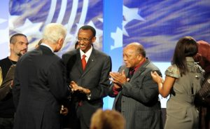 Bill Clinton presents a Global Citizen Award to Paul Kagame on Sept. 24, 2009.