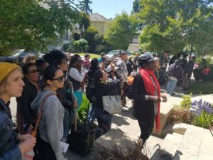 poors-stolen-land-tour-thru-oaklands-piedmont-district-0516-3-by-pnn