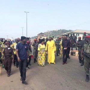 Senior pastor of the Word of Life Church in Warri, Pastor Ayo Oritsejafor and his wife Helen arrive at an event surrounded by a large security detail. – Photo: Linda Ikeji