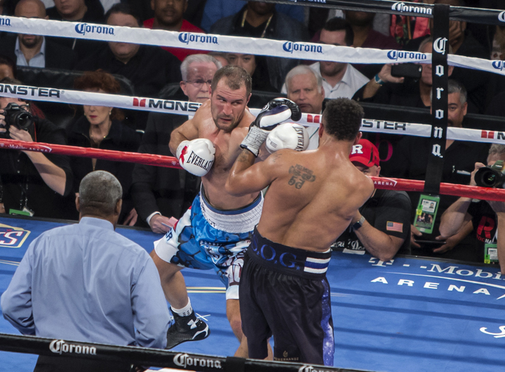 Ward showed superb inside fighting skills by tactically outfighing Kovalev and making him miss often. – Photo: Malaika Kambon