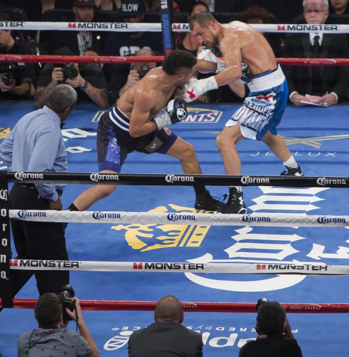 Utilizing a masterful display of body shots and punishing jabs, Andre SOG Ward defeated Sergey The Krusher Kovalev. – Photo: Malaika Kambon