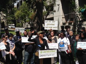 Midtown-Park-Apartments-rally-against-300-rent-increase-Phyllis-Bowie-062915-4-300x225, SF United Against Trump joins Midtown housing fight, Local News & Views