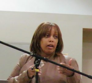 Gwen-Woods-speaks-at-community-townhall-for-new-Chief-Scott-at-Joe-Lee-Gym-030917-300x269, Chief William Scott, SF's new Black police chief, meets the community, Local News & Views