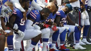 Buffalo-Bills-lock-arms-kneel-before-NFL-game-against-Denver-Broncos-in-Orchard-Park-NY-092417-by-AP-300x169, For the NFL, it was 'Choose your side Sunday', National News & Views