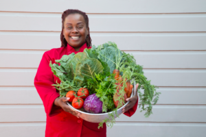 April-Spears-will-serve-fresh-organic-veggies-at-Cafe-Envy-by-Toni-Zernik-300x200, Owner of Bayview's 'Auntie April's' to debut 'Café Envy', Local News & Views