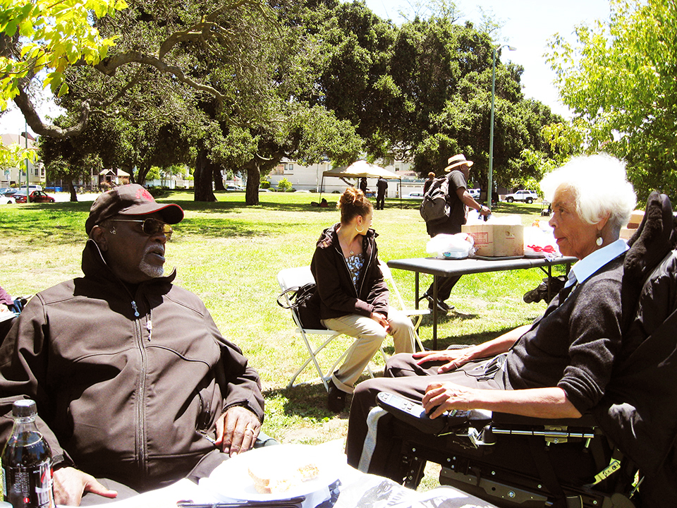 Big-Man-and-Kiilu-in-Bobby-Hutton-Park-2011-by-Carole-Hyams, Rest in power, Elbert 'Big Man' Howard, founding father of the Black Panther Party, World News & Views
