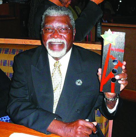 Black-Media-Appreciation-Night-Big-Man-accepts-Black-Resistance-Media-Legacy-Award-to-Black-Panther-newspaper-112612-by-Bill-Jennings-Its-About-Time, Rest in power, Elbert 'Big Man' Howard, founding father of the Black Panther Party, World News & Views