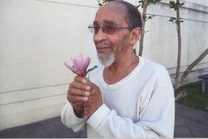 Veronza-Bowers-with-flower-web-300x201, Veronza, don't die in prison!, Behind Enemy Lines