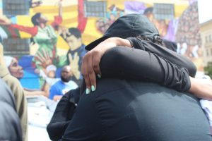 Allegra-Taylor-hugs-Nia-Wilson's-mother-at-protest-072618-Oakland-by-Sydney-Shaw-web-300x200, Nia Wilson, say her name! Blacks do not need a second slavery, Local News & Views