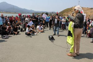 National-Prison-Strike-San-Quentin-West-Gate-civil-rights-atty-Stephen-Bingham-speaks-082518-by-Sara-Hossaini-KQED-web-300x200, Few prisoners strike at San Quentin, Behind Enemy Lines