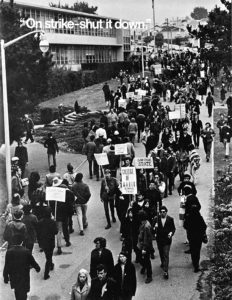 SF-State-Strike-sanctioned-by-SF-Labor-Council-so-nobody-crossed-picket-line-19th-Holloway-1968-69-cy-Found-SF-232x300, 1968: The strike at San Francisco State, Local News & Views