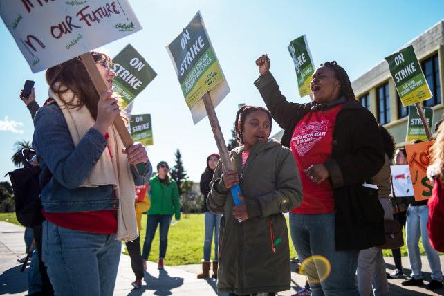 Oakland-Teacher-Strike-1st-grade-teacher-Magdaline-Armstrong-pickets-w-daughter-Nilaya-8-at-Futures-Elem-School-by-Rosa-Furneaux-Mother-Jones, Reflections of an Oakland Unified School District teacher on strike – Day 3, Local News & Views