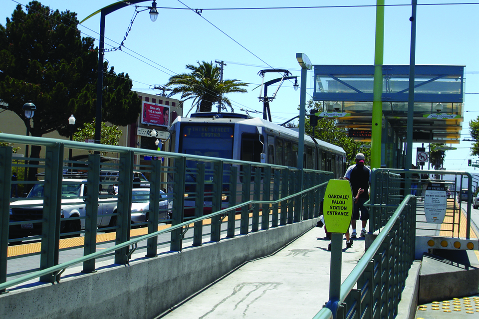 T-Train-platform-073107-by-Apollonia-web, Mayor London Breed orders T-Trains to run their entire route, no more switchbacks!, Local News & Views