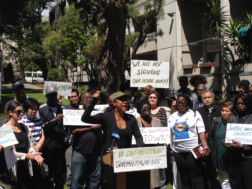 Midtown-Park-Apartments-rally-against-300-rent-increase-Phyllis-Bowie-062915-4, Fillmore Midtown residents: Righting the wrongs of racist urban renewal, Local News & Views