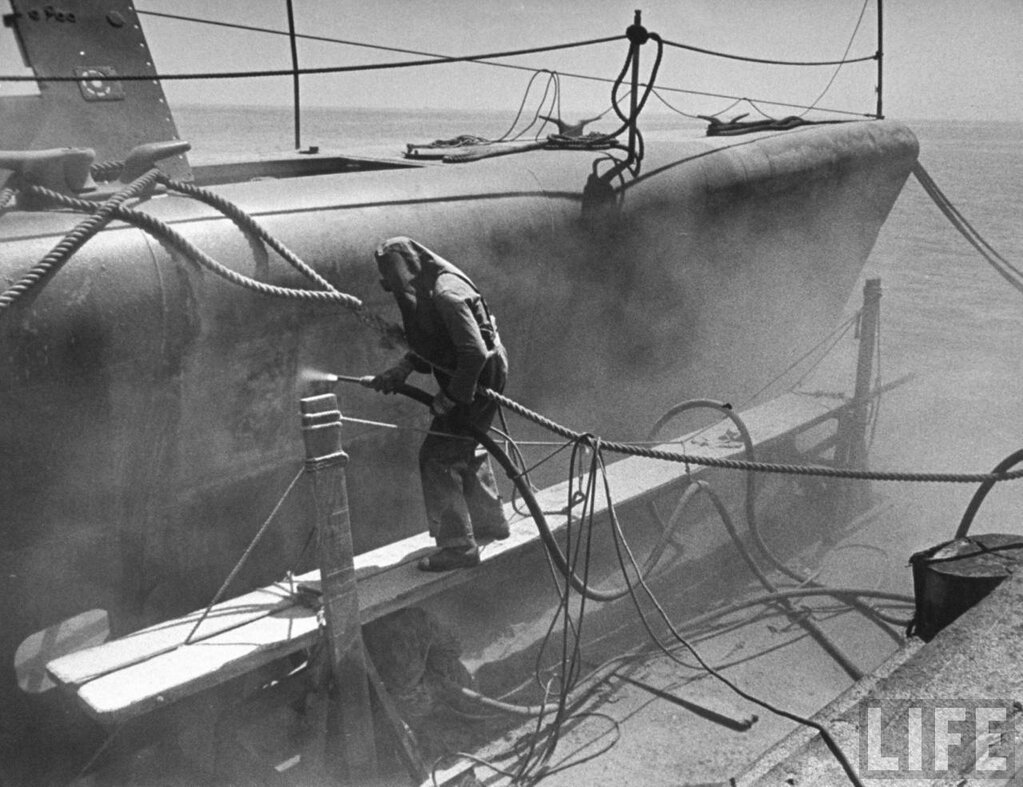 Attempting-sandblast-decontamination-of-radioactive-ship-from-Operation-Crossroads-Hunters-Point-Naval-Shipyard-San-Francisco-1947-by-Fritz-Goro-Life, Jumped into the toxic land!, Local News & Views