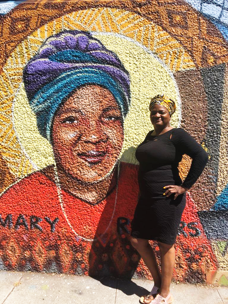 Mayor-London-Breed-unveils-'Spirit-of-Fillmore'-mural-Angela-Rogers-stands-in-front-of-mom-Mary-Rogers-portrait-Buchanan-Mall-080319-by-Aurora-Jiminez, Community-created 'Spirit of Fillmore' mural unveiled by SF Mayor London Breed, Local News & Views