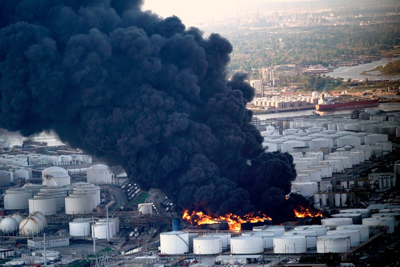 Smoke-plume-from-petrochemical-fire-at-Intercontinental-Terminals-Co.-Deer-Park-TX-031919, In Texas, environmental racism is in our FACE, Behind Enemy Lines