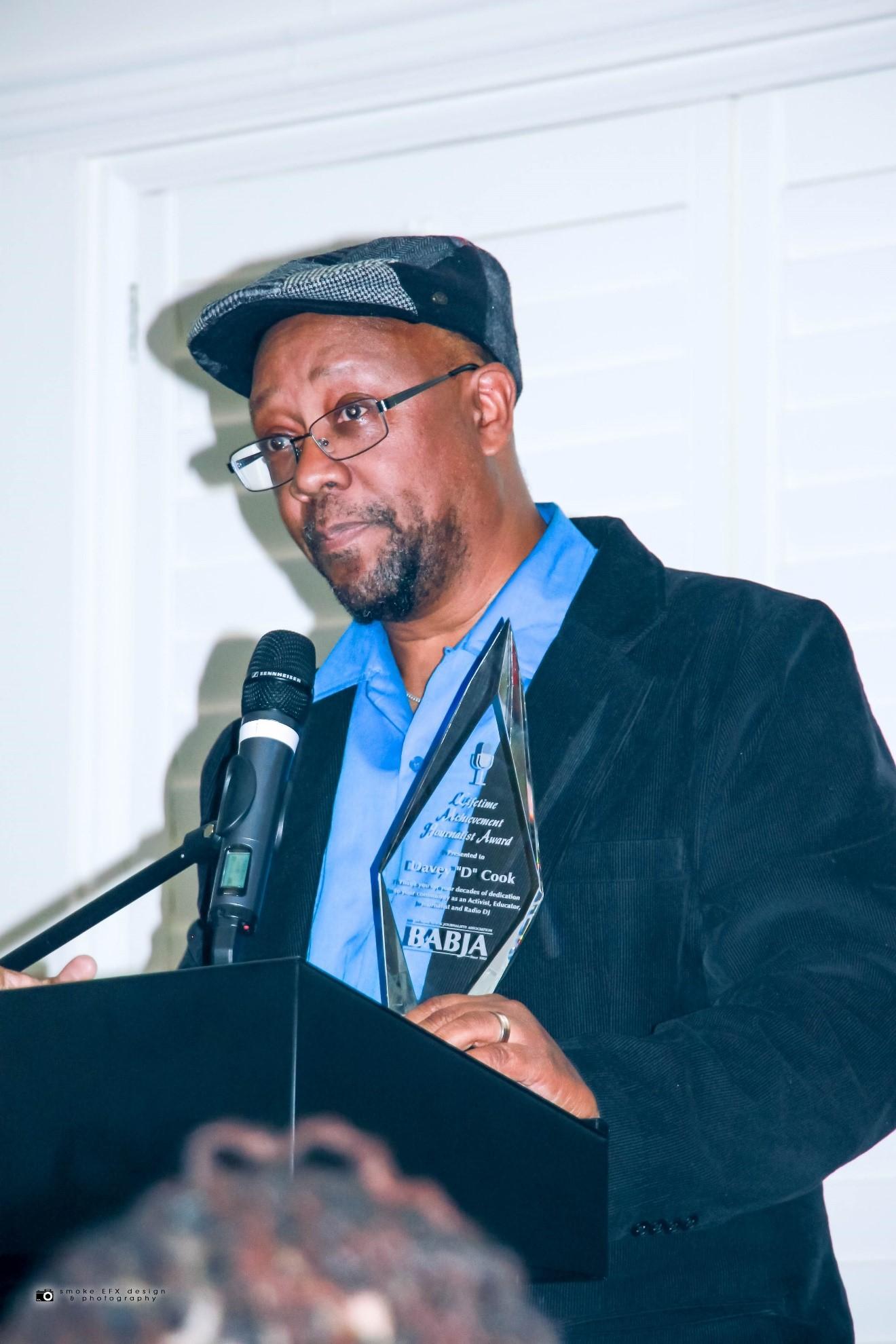 BABJA-Davey-D-Lifetime-Achievement-Award-Davey-D-accepts-Geoffreys-120719-by-Smoke-EFX-Design-Photography, Bay Area Black Journalists honor Davey D with Lifetime Achievement Award, Culture Currents