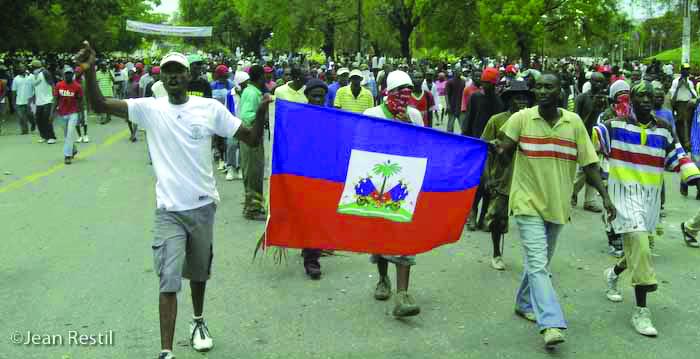 Haitians-demand-food-0408-by-Jean-Ristil, Haitians demand food, Archives 1976-2008 World News & Views