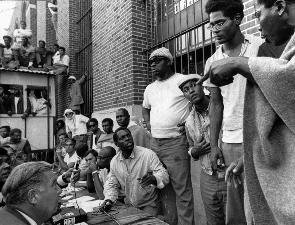 Attica-Rebellion-L.D.-Barkley-et-al-negotiate-w-NY-Corrections-Commissioner-Russell-G.-Oswald-091071-by-AP, National Solidarity Events to Amplify Prisoners' Human Rights, Aug. 21 – Sept. 9, 2020, Behind Enemy Lines