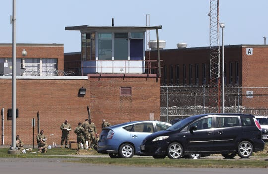 Ohio-National-Guard-at-Marion-Corr.-Inst.-where-78-of-prisoners-are-infected-042720-by-Fred-Squillante-Columbus-Dispatch, At Ohio prison called nation's worst COVID hotspot by NY Times, prisoners punished who report truth publicly, Behind Enemy Lines