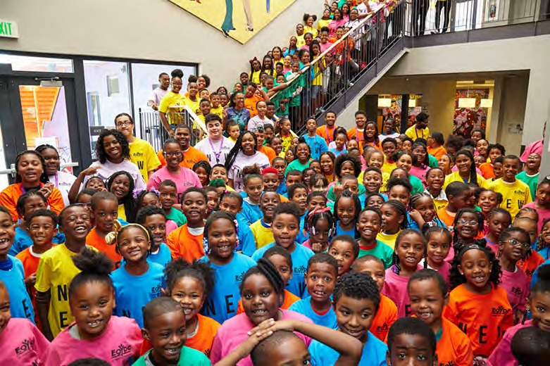 EOYDC-filled-with-kids-0918, Starting Aug. 17, East Oakland Youth Development Center Programs will expand to fill void in school day, Local News & Views