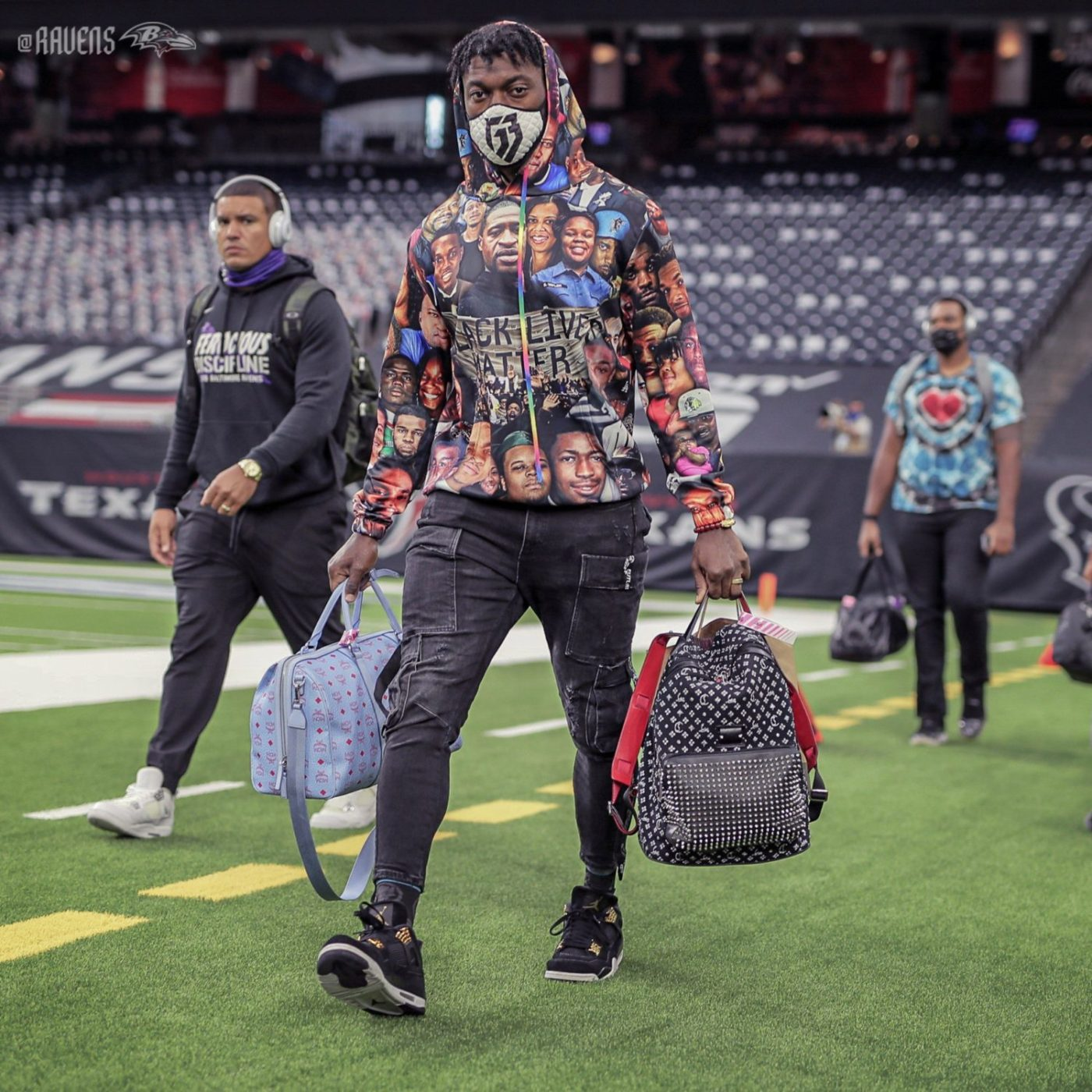 Baltimore-Ravens-quarterback-Robert-Griffin-III-arrives-in-sweatshirt-Black-police-shooting-victims-092020-by-Ravens-1400x1400, Disentangling US team sports and US militarism, National News & Views