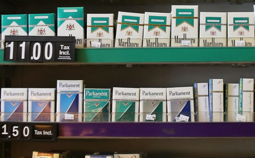 Menthol-cigarettes-for-sale-on-Mission-St-0620-by-Mira-Laing-SF-Examiner, California passes statewide law prohibiting the sale of menthol and flavored tobacco products, Local News & Views