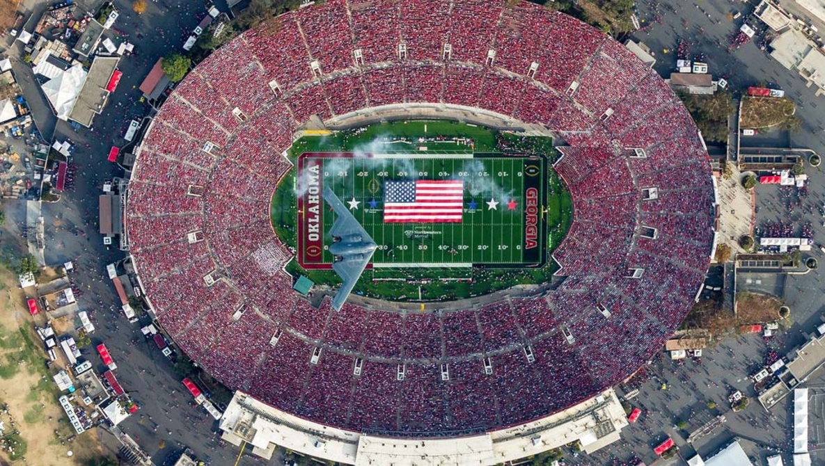 Stealth-bomber-flies-over-Rose-Bowl-during-Georgia-Oklahoma-game-010118-by-Mark-Holtzman, Disentangling US team sports and US militarism, National News & Views