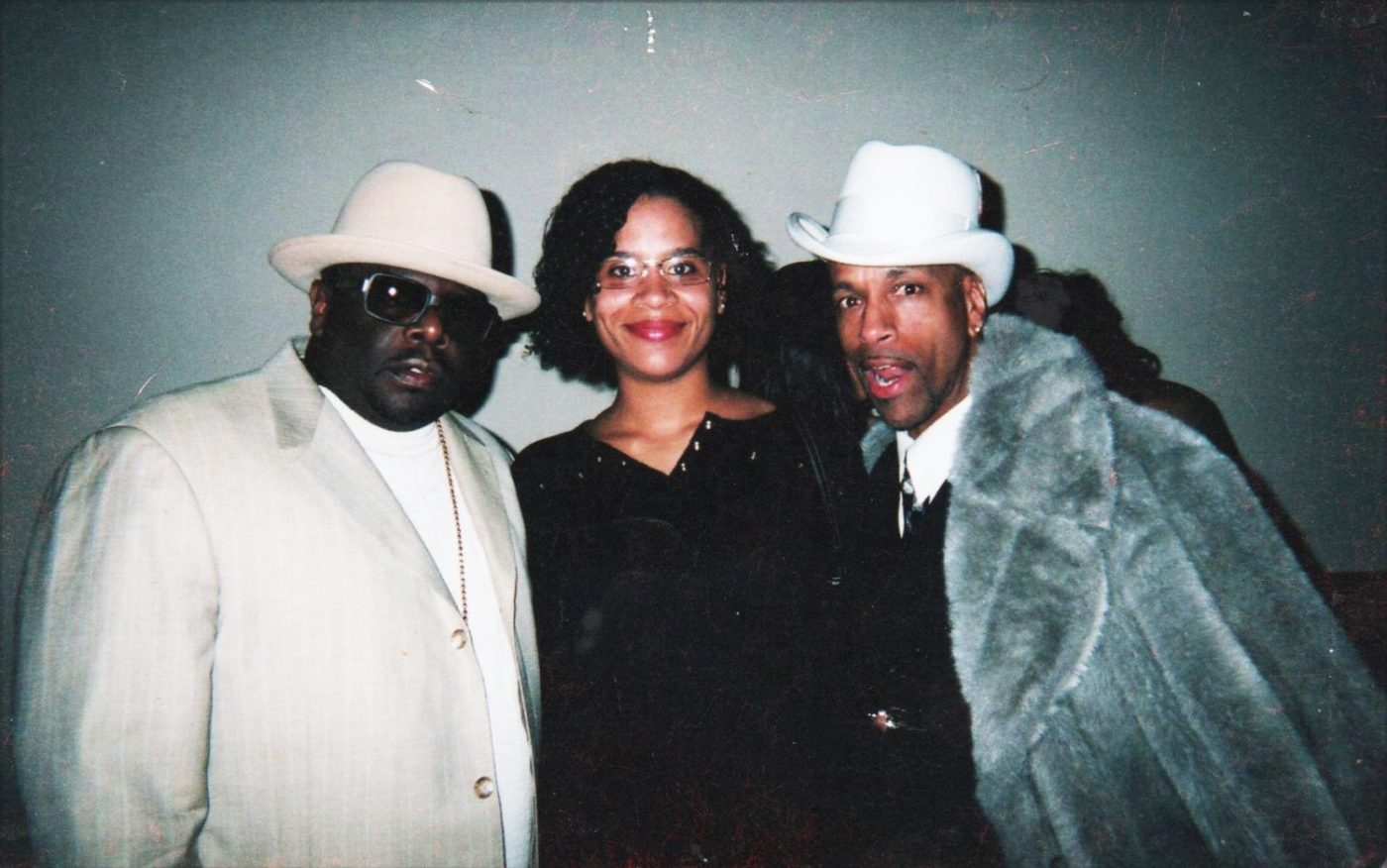 Cedric-the-Entertainer-Cynthia-Jeff-Ace-Walker-at-Super-Bowl-Party-2005-1400x876, No warning shot, Behind Enemy Lines