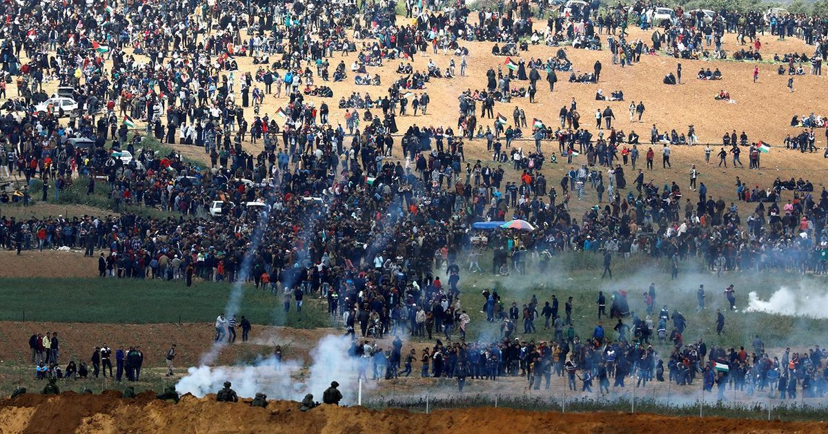 Gaza-Great-March-of-Return-begins-Israeli-soldiers-shoot-tear-gas-across-border-at-Palestinian-protesters-033018-by-Amir-Cohen-Reuters, Jalil Muntaqim: Support of Palestine is not anti-Semitic, Behind Enemy Lines