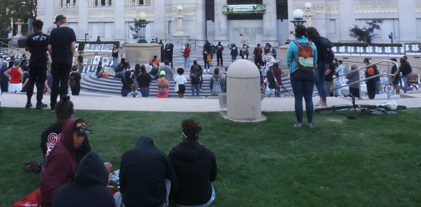 Mama-Mizan-Alkebulan-and-Baba-Siswe-Abakah-deliver-libations-for-Black-Brown-Californians-murdered-by-police-at-Oakland-City-Hall-rally-by-Baba-Jahahara-1400x688, Finally! Baba Jalil will be freed!, Culture Currents