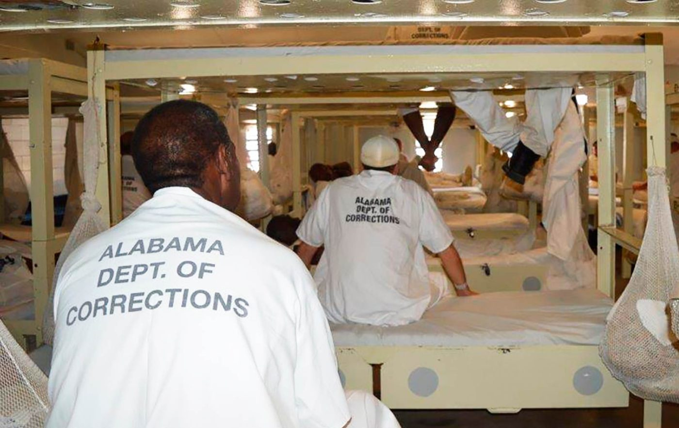 Alabama-prisoners-in-crowded-dorm-at-Staten-CF-in-Elmore-AL-1119-by-Kim-Chandler-AP-1400x882, Kinetic Justice: Terror on the plantation, Behind Enemy Lines