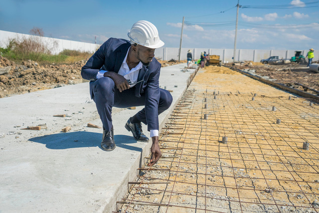 Black-contractor-checks-his-crews-work-by-California-Black-Media, Black Leaders: Spending must include Blacks as state prepares for billions in federal cash, Local News & Views