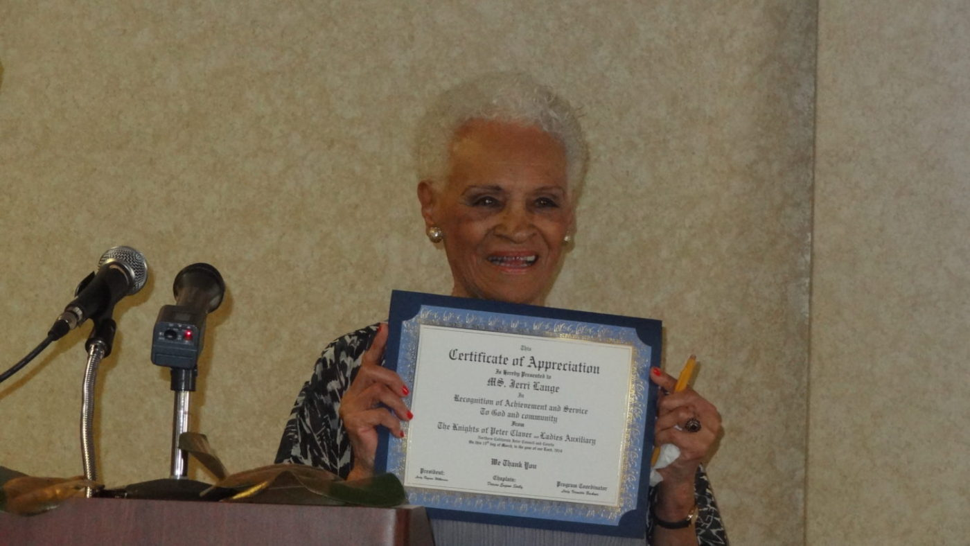Jerri-Lange-receives-award-from-Knights-of-Peter-Claver-Ladies-Auxiliary-spring-2014-book-signing-and-award-luncheon-1400x788, Jerri Lange, Bay Area media legend, social activist, educator and author, has passed, Culture Currents