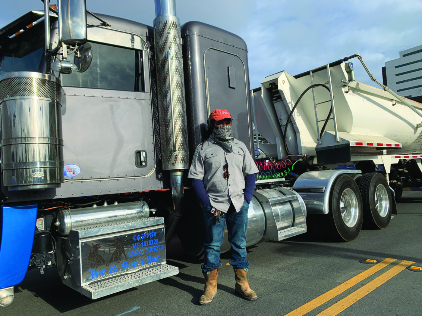 Walter-Joe-and-Sons-trucking-UCSF-job-site-shutdown-043021-by-Griffin-1400x1050, Black truckers shut down multi-million-dollar UCSF job site for 4.5 hours, Local News & Views