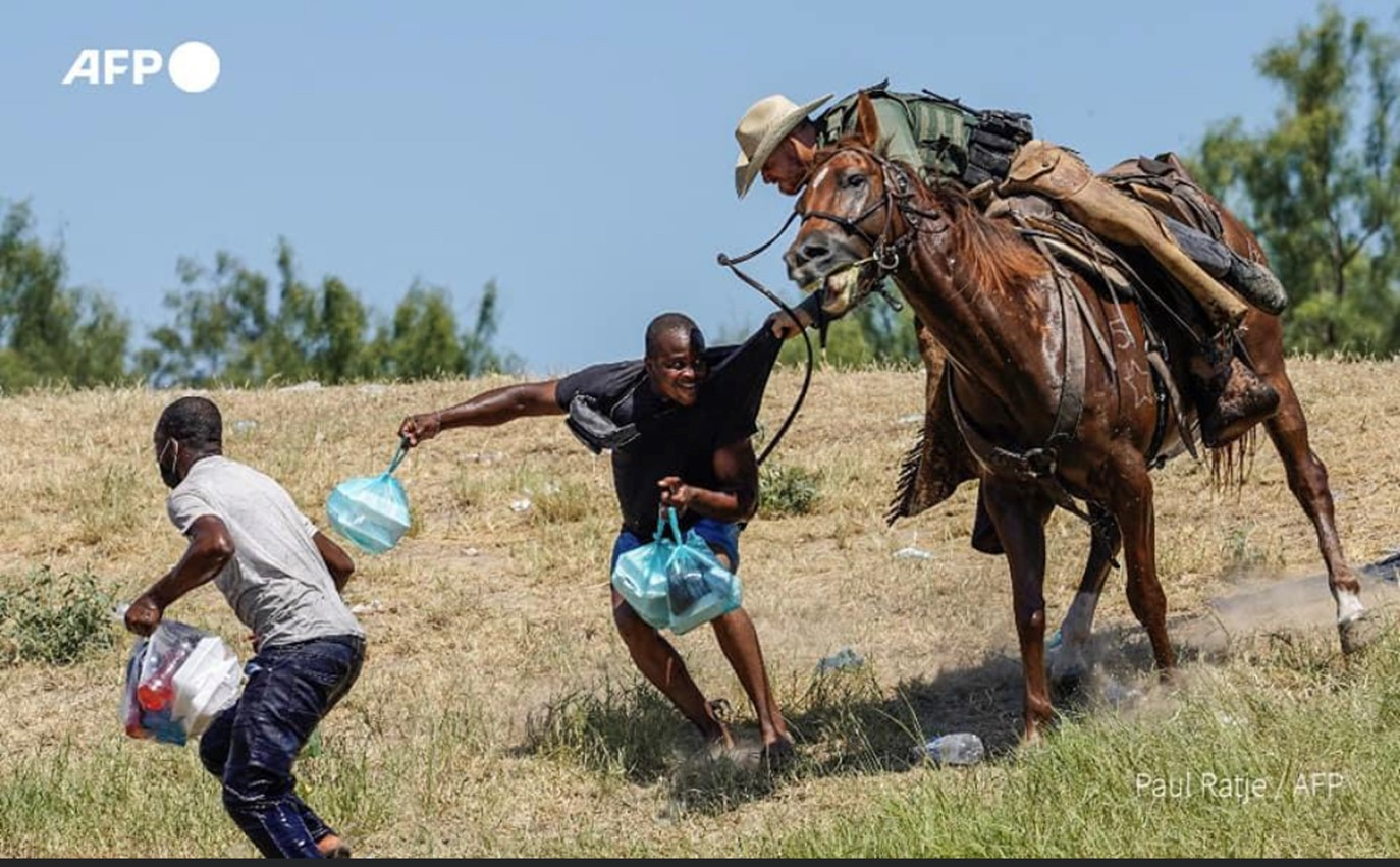 Border-Patrol-agents-whipping-Haitian-migrants-with-horse-reins-092021-by-Paul-Ratje-AFP, Abuse of refugees exposes the White House's long-standing policy towards Haiti, World News & Views