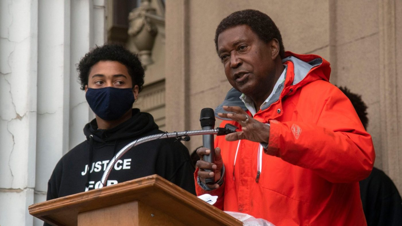 John-Burris-praises-DA-for-indicting-091721-2-cops-who-beat-Devin-Carter-17-123020-by-Stockton-Record-1400x788, John Burris on the indictment of two Stockton cops for viciously beating Devin Carter, 17, Local News & Views