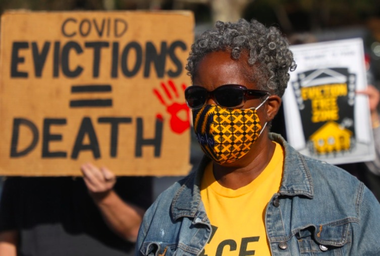 Covid-evictions-death-protest-in-Orinda-121620-by-Aric-Crabb-Bay-Area-News-Group, Alameda County has resources for rent relief!, Local News & Views