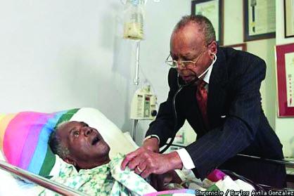 Dr.-Arthur-H.-Coleman-81-house-call-to-Sam-Jordan-0501-by-Carlos-Avila-Gonzalez-SF-Chron, Paying for universal health care, Local News & Views