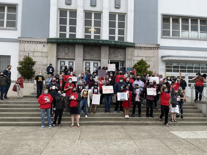 UESF-walk-in-demanding-clean-air-at-George-Washington-High-School-092221, Daphne Young's eye on education: 'What's going on?', Local News & Views